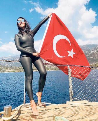 BEŞİKTAŞ'TAKİ 'ADANA ALTIN KOZA' ÖDÜL TÖRENİ