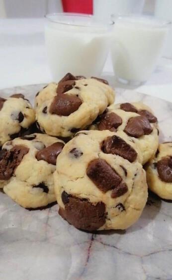 Ağızda dağılan yumuşacık damla çikolatalı kurabiye