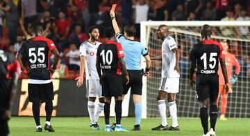 Muhammed Elneny'ye 3 maç ceza!