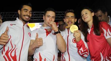 Dünya şampiyonu Çolak'a coşkulu karşılama