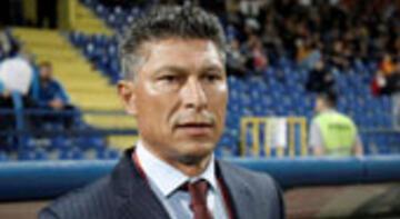 Bulgaristan'da Balakov istifa etti!