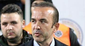 Mehmet Özdilek takımının performansından memnun