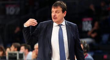 Ergin Ataman: Sert ve tempolu bir basketbolla galibiyete ulaşmalıyız