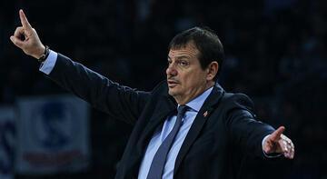 """Ergin Ataman: """"Euroleague tarihinde kırılmadık rekor bırakmadık"""""""