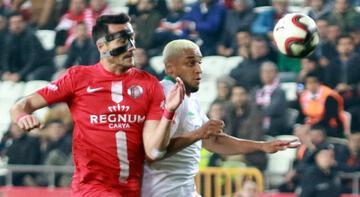 """Süper Lig'de """"Antalya derbisi"""" heyecanı"""