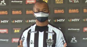 Son dakika transfer haberleri | Galatasaray'dan ayrılan Mariano, Mineiro'ya imza attı!