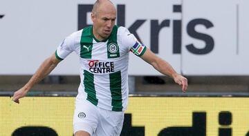 Ve 36 yaşındaki Robben sahalara döndü...