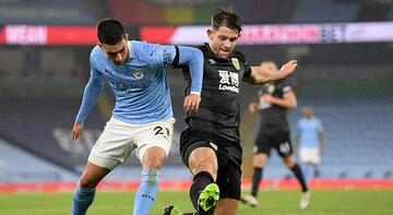 Manchester City, Burnley'e gol yağdırdı