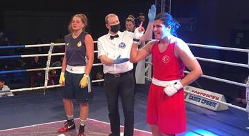 Kadın milli boksörlerden Sırbistan'da iki madalya