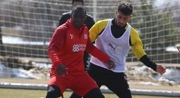 Sivasspor'un konuğu Atakaş Hatayspor