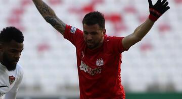 Sivasspor'da Claudemir, 2 hafta yeşil sahalardan uzak kalacak