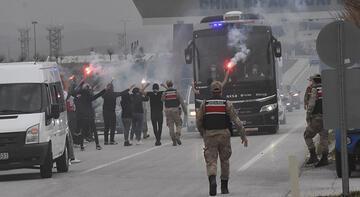Son dakika - Beşiktaş kafilesine Sivas'ta coşkulu karşılama