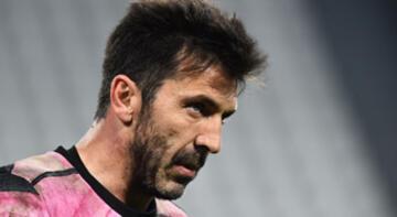 Buffon, Juventus'tan ayrılacağını açıkladı