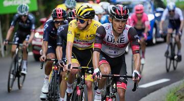 Son dakika - Fransa Turu'nda 19. etabı Tadej Pogacar kazandı!
