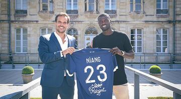 Son dakika haberi: M'Baye Niang, Bordeaux'a transfer oldu