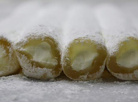 - 5ff16df8adcdeb22ec0c0351 - Sonbahar ve kışın üretilen lezzet: Manda kaymaklı lokum