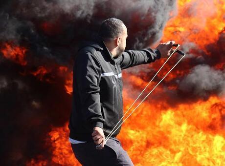 İsrail ordusunun Gazze'ye düzenlediği saldırıda 7 kişi daha şehit oldu