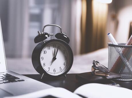 10.01 Saat Anlamı Nedir? Saat 10 01 İse Ne Anlama Gelir? (2021)