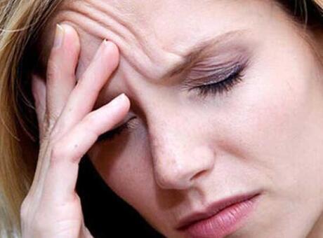 3 aydan fazla süren baş ağrısı tümör belirtisi olabilir