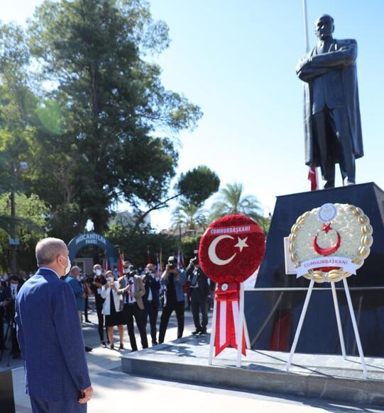 Son dakika... Cumhurbaşkanı Erdoğan KKTC'deki tarihi törende konuştu: Bizden kimse beklemesin!