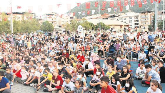 Festivalde orman sevgisi aşılandı