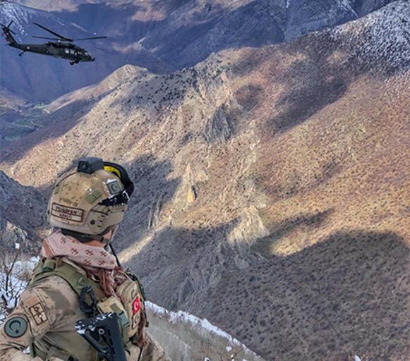 Son dakika... Bitliste 3 PKKlı terörist etkisiz hale getirildi