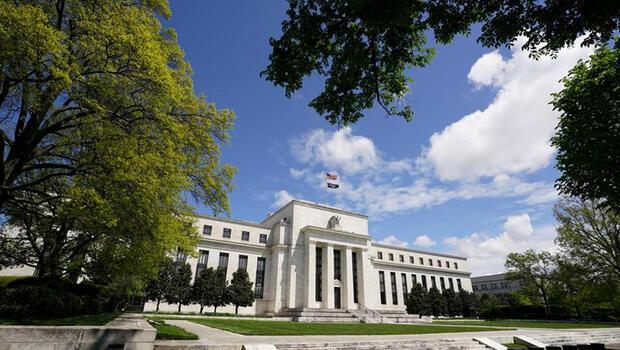 Fed`in enflasyon belirsizliği