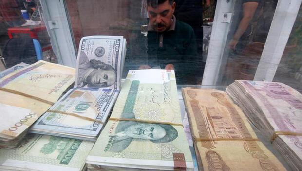 İran`da döviz tarihi rekor kırdı