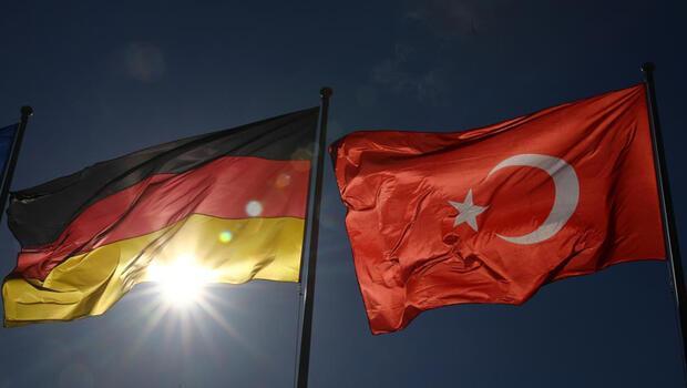 Almanya ile Türkiye arasındaki ticaret hedefi 50 milyar dolar