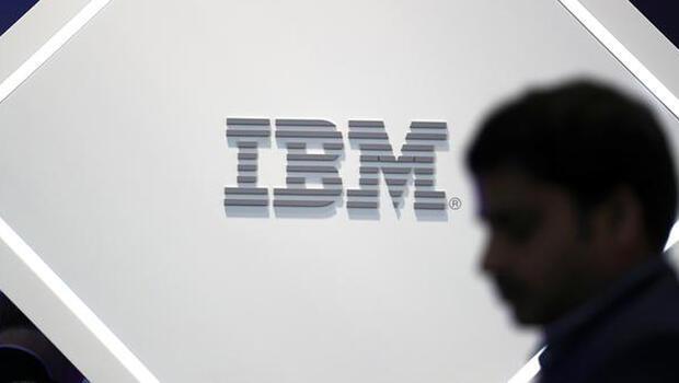 IBM`in geliri üçüncü çeyrekte azaldı