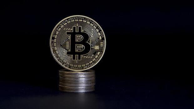 Bitcoin 17 bin doların üzerine döndü