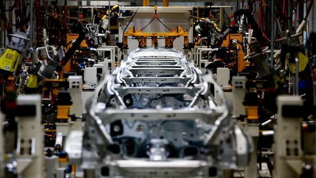 Otomotiv sektörü ekonomiye can suyu oldu