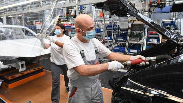 Almanya`da sanayi üretimi artıyor