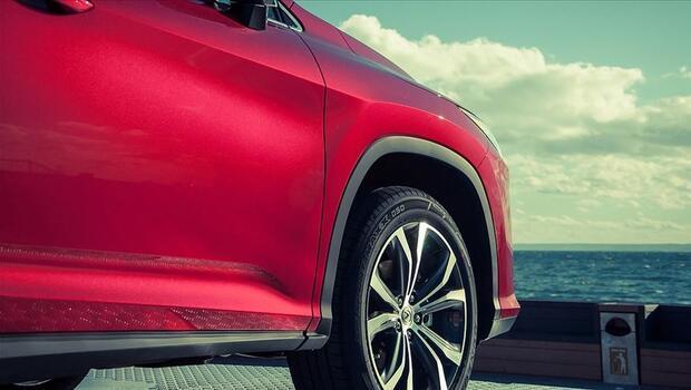 Türkiye`de satılan 3 otomobilden biri SUV oldu