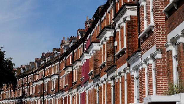 İngiltere`de konut fiyatları arttı