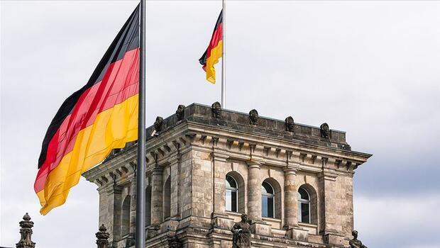 Almanya`da kısıtlamalar tüketici güvenini etkiledi