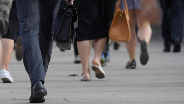 İngiltere`de işsizlik beş yılın zirvesinde!