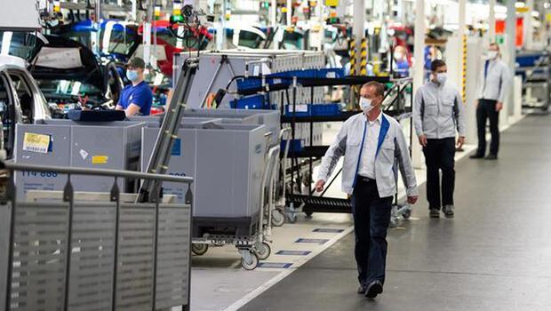 Alman ekonomisi 4`üncü çeyrekte büyüdü