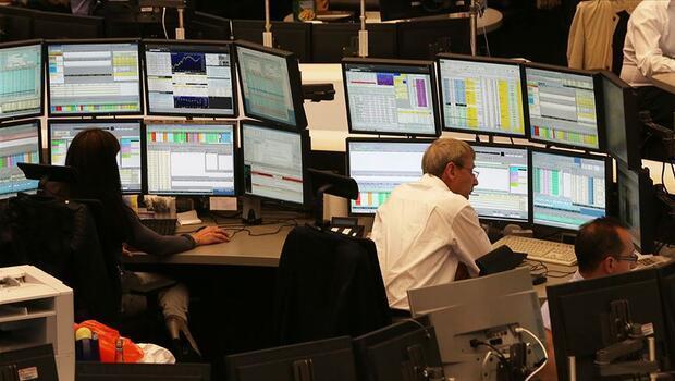 Piyasalar haftaya negatif başladı