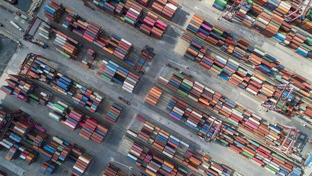 İstanbul`dan 2 milyar dolarlık ihracat