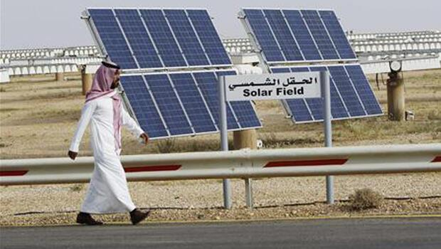 Suudi Arabistan ekonomisini `güneşe` çevirdi