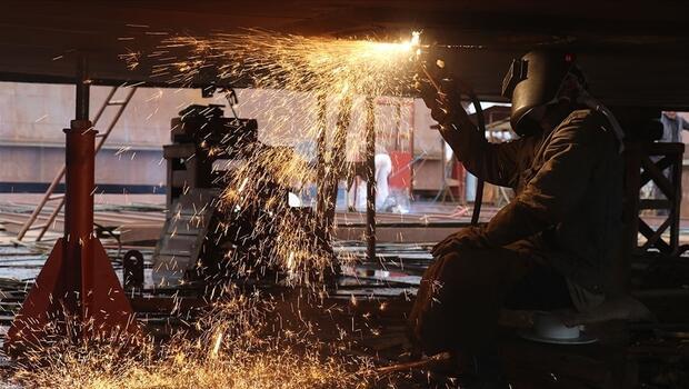 Sanayi üretimi güçlü seyrine devam ediyor