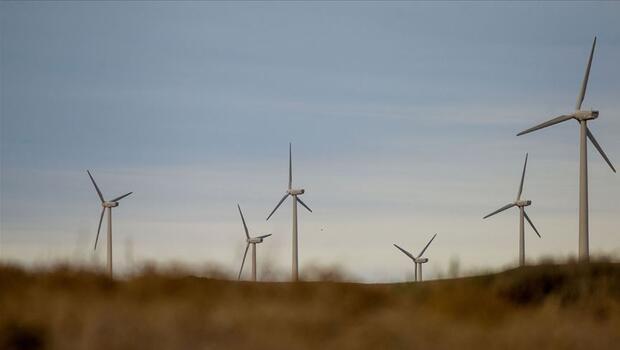 Rüzgar enerjisi projelerinde maliyetler düşüyor