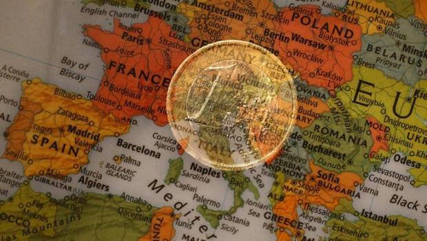 Euro Bölgesi`nde yıllık enflasyon arttı