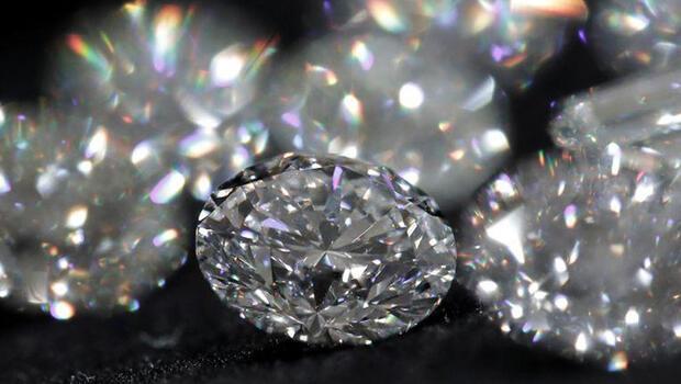Çin`in elmas ithalatı dört kat arttı