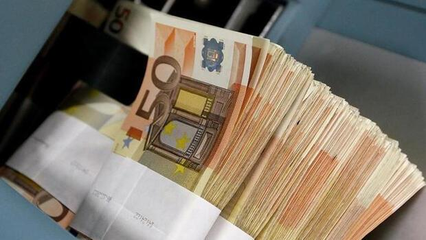 Almanya 3,6 milyar euro borçlandı