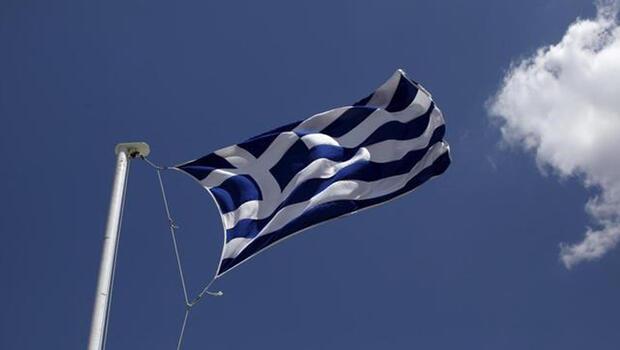 Yunanistan bütçesinden iyi performans