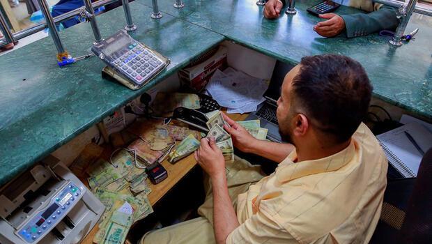 Yemen`de dolar rekor kırdı