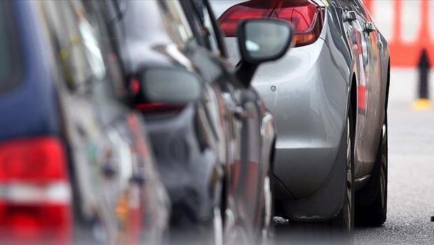 AB`de otomobil satışları sert düştü