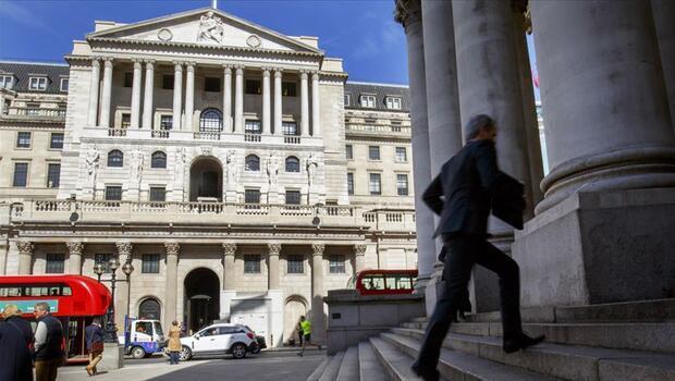 BoE faiz artırımına hazırlanıyor